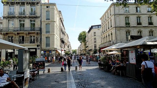 commerces de ville et de proximité